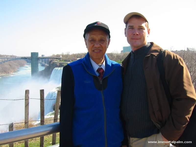 Carl Dechiara with his teacher Grandmaster Chen Qingzhou - Niagara Falls