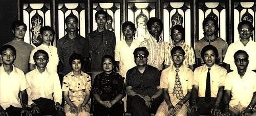Carl Dechiara's teacher (1991-2010) Master Kenneth Chung's teacher Leung Sheung